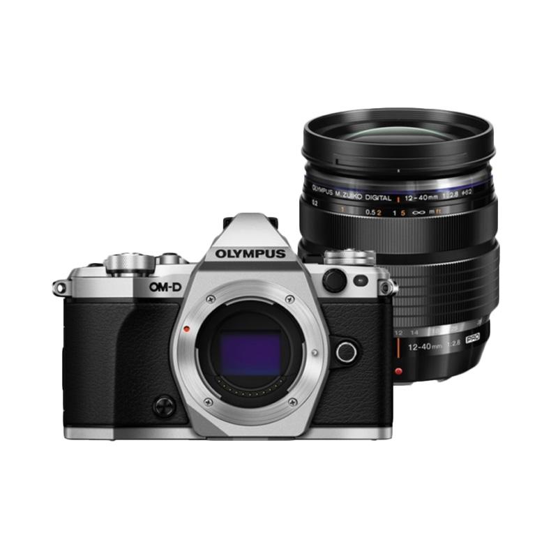 https://www.static-src.com/wcsstore/Indraprastha/images/catalog/full/olympus_olympus-om-d-e-m5-mark-ii-kit-lens-12-40mm-f2-8-kamera-mirrorless---silver_full08.jpg