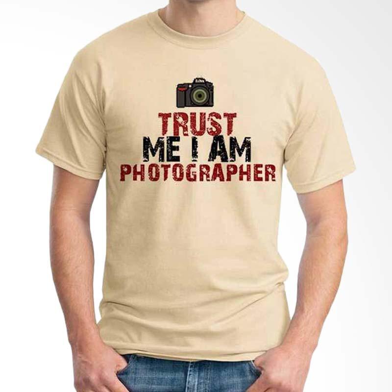 Ordinal Photography Art Trust Me Beige T-shirt