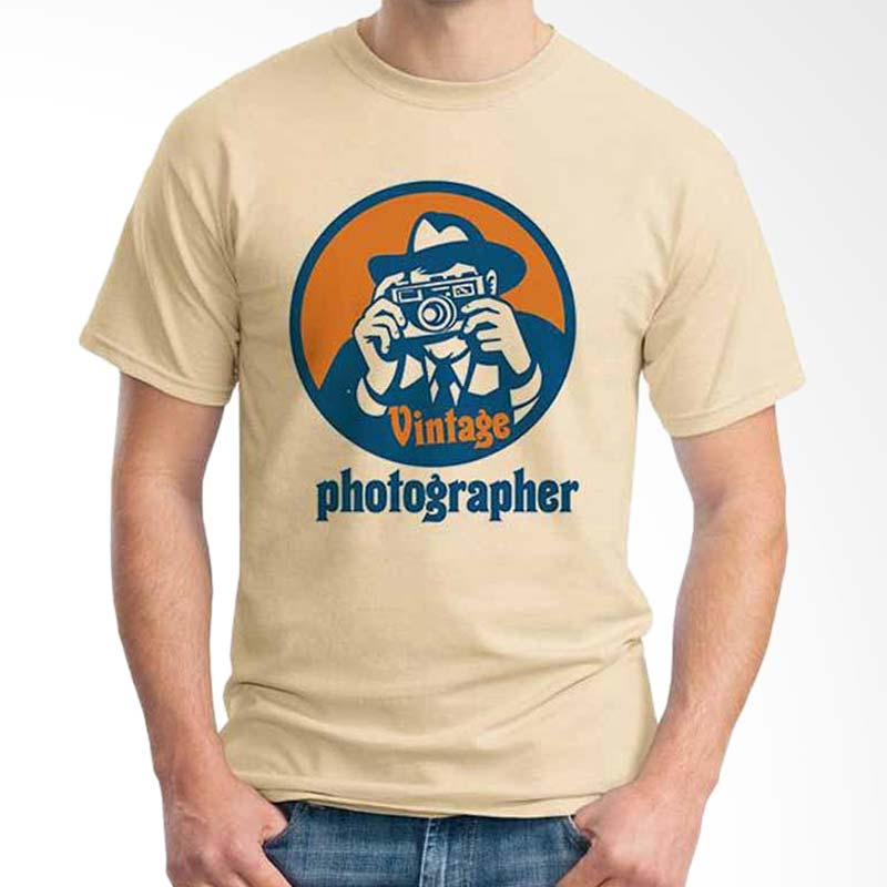 Ordinal Photography Art Vintage Photographer Beige T-shirt