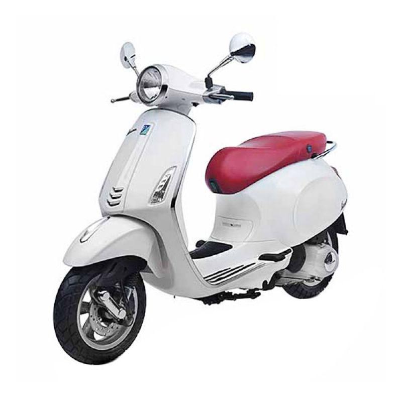 VESPA PRIMAVERA 150 3V I.E (White) Sepeda Motor OTR Depok