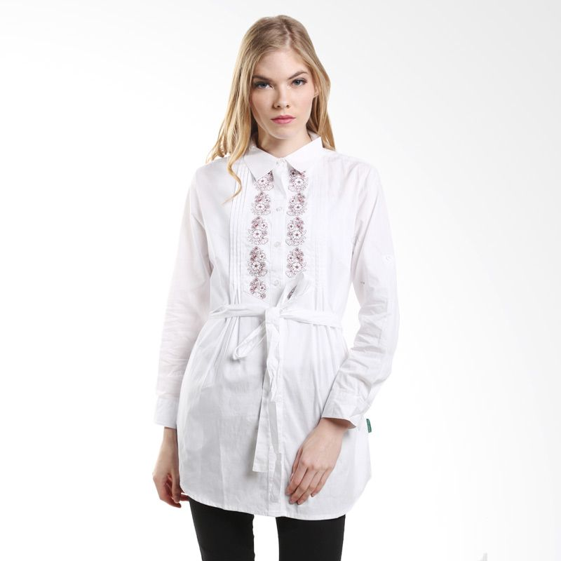 Point One Long Sleeved Shirt With Bordir Motif 313281 001.00 White Atasan Wanita
