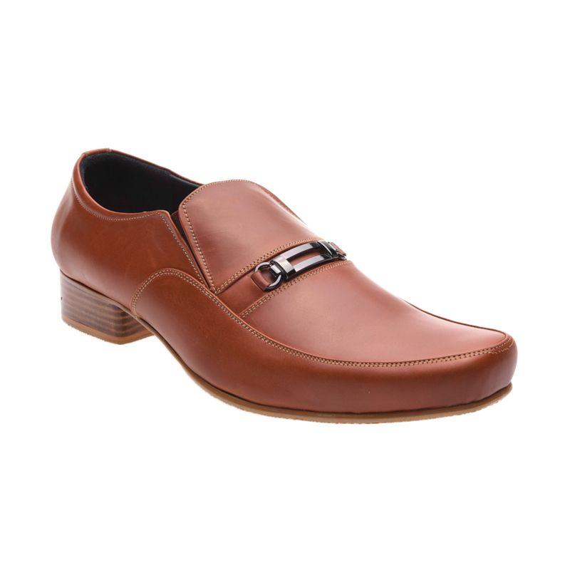 Allonzo MK 713 Brown Sepatu Formal Pria