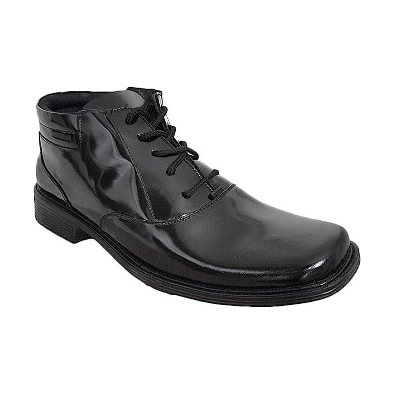 Handymen F 11 Black Sepatu Pria