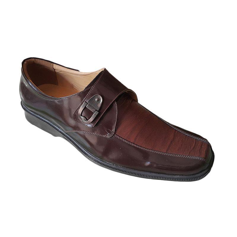 Handymen HK Lak 801 Brown Sepatu Pria