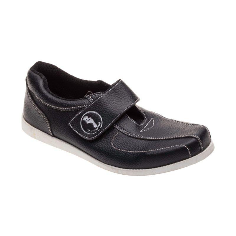 King Toes AN 01 Black Sepatu Pria