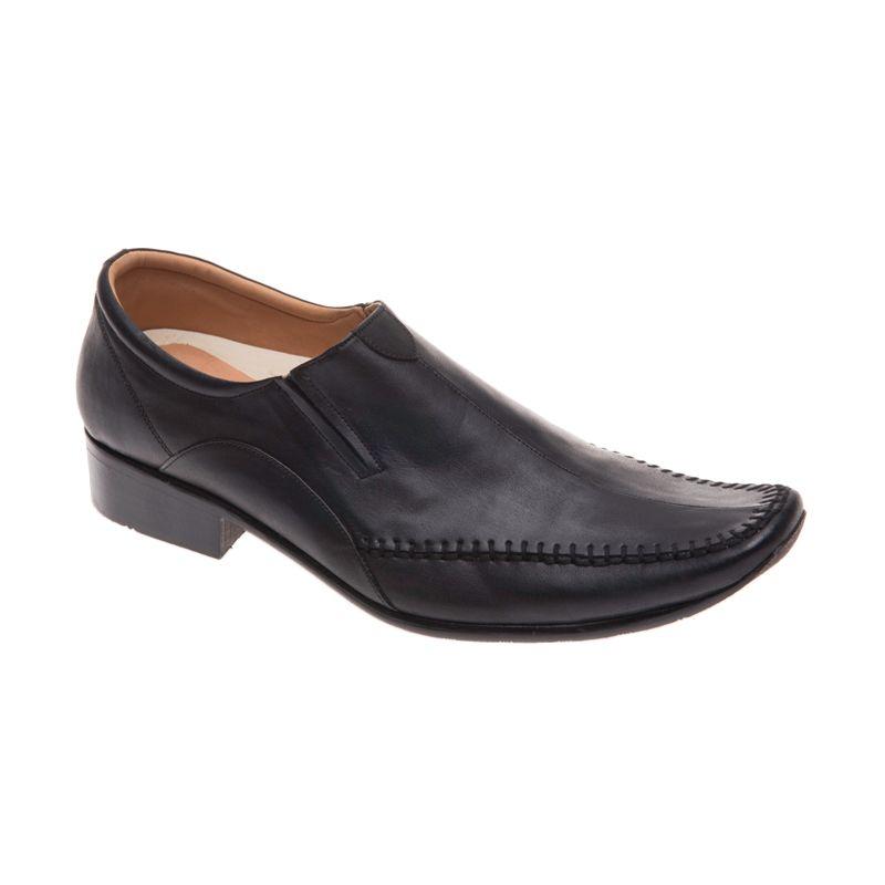 Mr. Show 501 Black Sepatu Pria