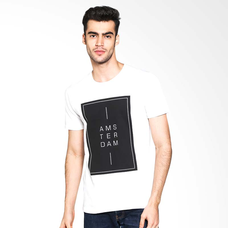 Russ Amsterdam 10001607210 T-Shirt - White Extra diskon 7% setiap hari Extra diskon 5% setiap hari Citibank – lebih hemat 10%