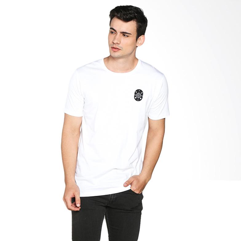 Russ Arch 10001608810 T-Shirt - White Extra diskon 7% setiap hari Extra diskon 5% setiap hari Citibank – lebih hemat 10%