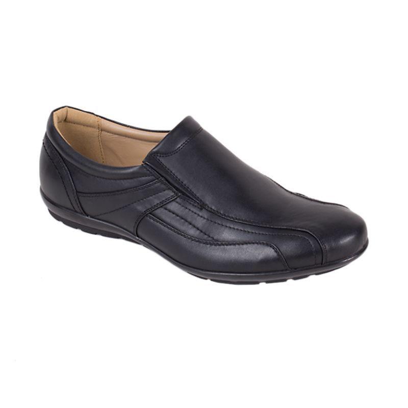 Bata Man Redd Casual Black Sepatu Pria