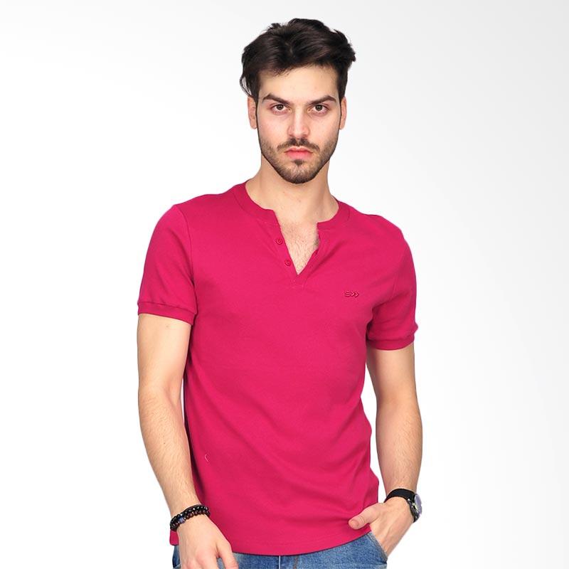 SIMPAPLY Destroyed Men's T-shirt - Magenta Extra diskon 7% setiap hari Extra diskon 5% setiap hari Citibank – lebih hemat 10%