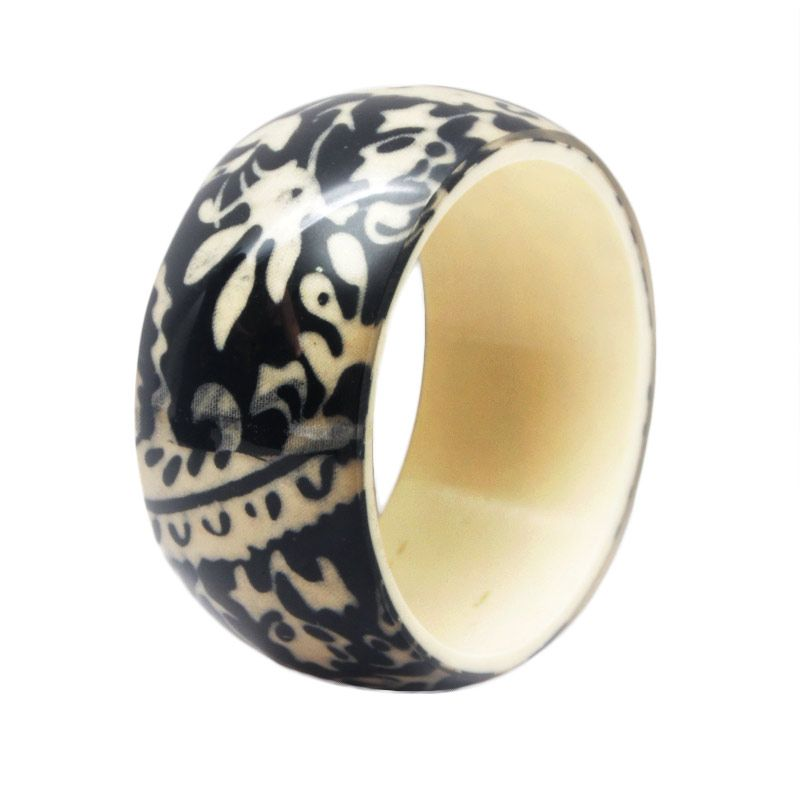 Smesco Trade Batik Leopard Cream dan Hitam Gelang