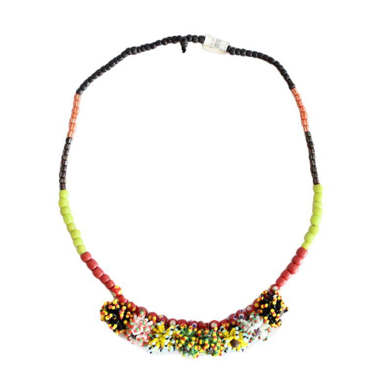 Smesco Trade Mekar Manik-Manik Bunga Warna Kuning Merah Kalung