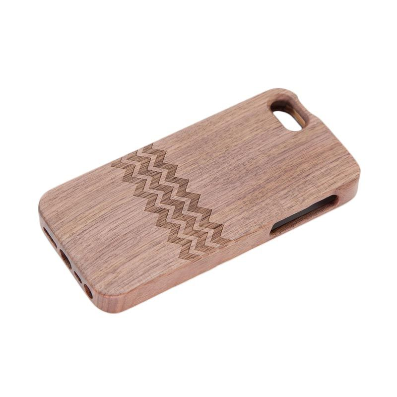 Stave Goods Walnut Chevron Engraved Casing for iPhone 5 or 5s
