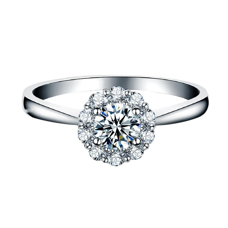 Tiaria Carnation Diamond Cincin Emas Putih 18k