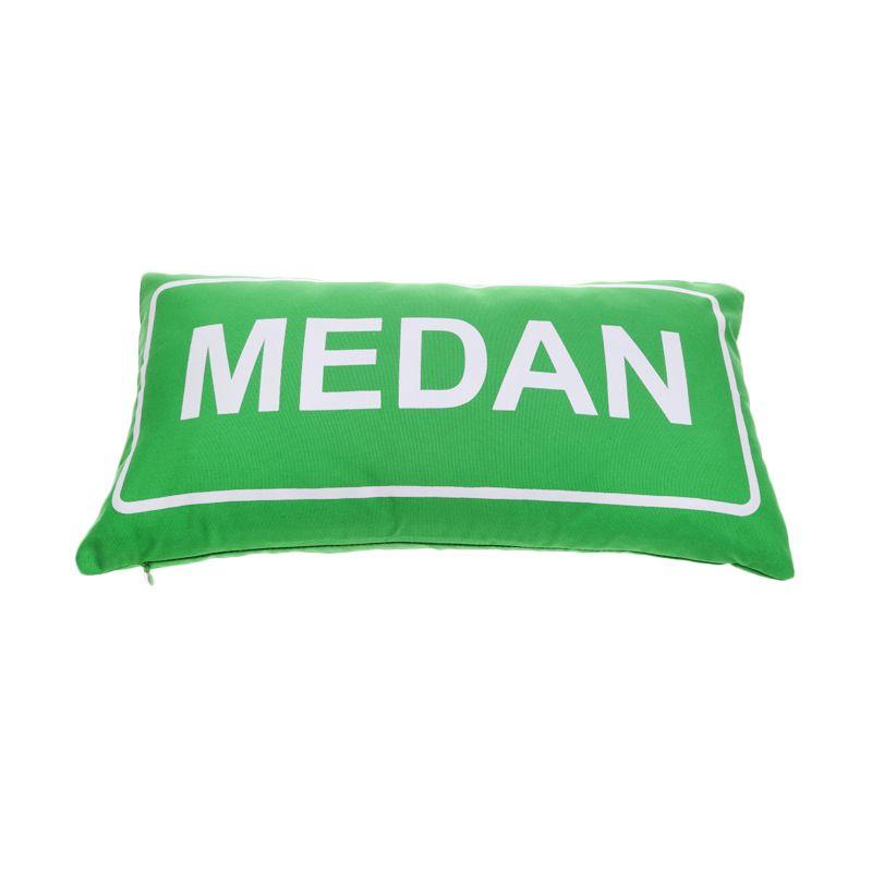 Toimoi Street Sign Pillow Medan Hijau Bantal