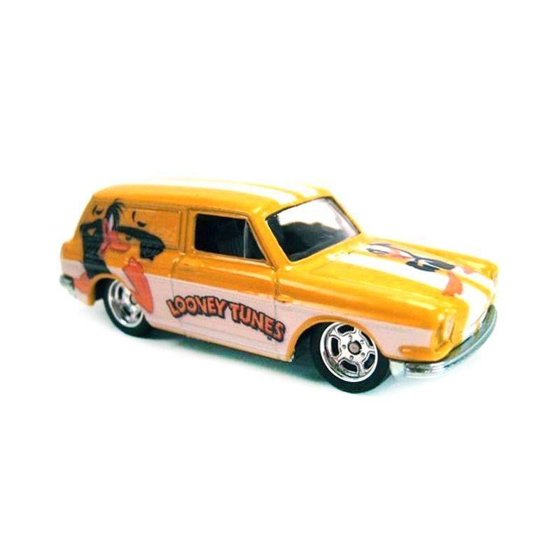 Mattel Hot Wheels Looney Tunes Custom 69 Volkswagen Squareback Diecast