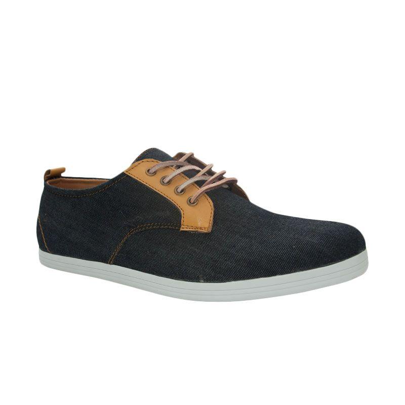 Trove Footwear Chromium Alpha Black Edition