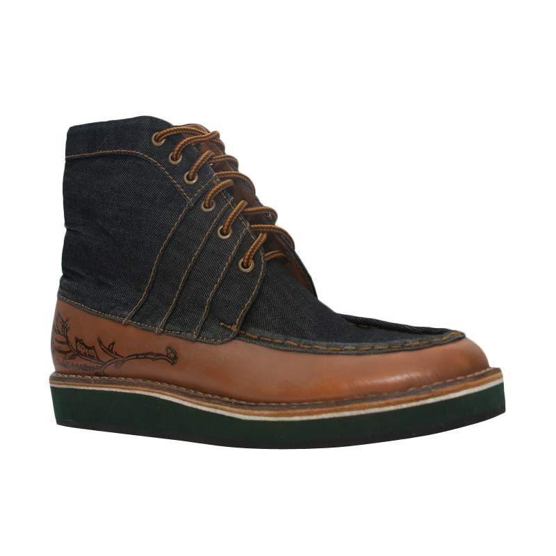 Trove Footwear Chromium Beta