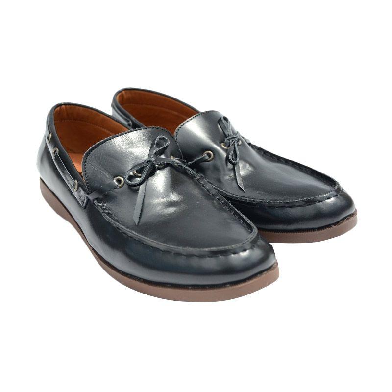 Trove Footwear Ganendra Terra Hitam Sepatu Pria