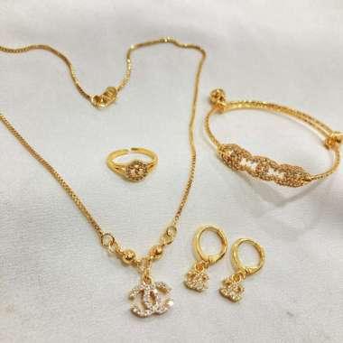 harga Perhiasan Anak 1 Set Permata Lapis Emas, Kalung + Gelang + Anting + Cincin SPA-31 Blibli.com