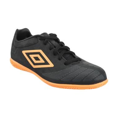 Umbro UX Accuro Club IC Sepatu Sepakbola - Black Orange [81187U-EQF]