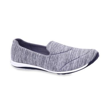Sepatu Slip On Wanita Garucci - Jual Produk Terbaru Maret 2019 ... 655d25b490