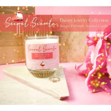harga Secret Scenta - Flower Symphony Scented Candle with Jewelry [160 g] Blibli.com