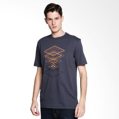 Umbro Graphic Tee 1 Kaos Olahraga Pria [64550U-ENX]