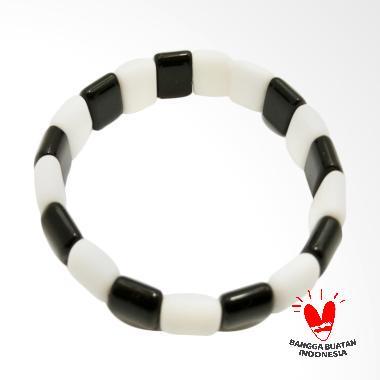 Vee Model Plat Batu Giok Gelang Terapi Kesehatan - Hitam Putih