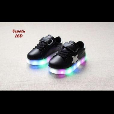 harga Sepatu anak HITAM dengan lampu LED warna warni cewe cowo shoes kulit Blibli.com