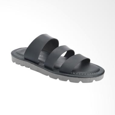 Yongki Komaladi Sandal Pria - Black [DN421-1]