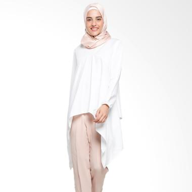 https://www.static-src.com/wcsstore/Indraprastha/images/catalog/medium//101/MTA-2496359/covering-story_covering-story-odrea-top-blouse-muslim-wanita_full82.jpg