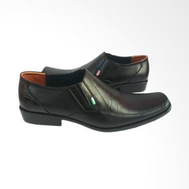 Kickers Kulit Sepatu Pria - Black [007]