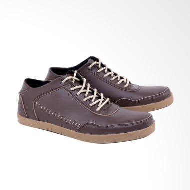 Syaqinah Sepatu Casual Pria - Coklat [125]