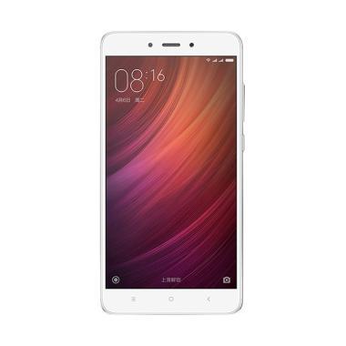 https://www.static-src.com/wcsstore/Indraprastha/images/catalog/medium//1034/xiaomi_xiaomi-redmi-note-4-smartphone---silver--64-gb-3-gb-_full06.jpg