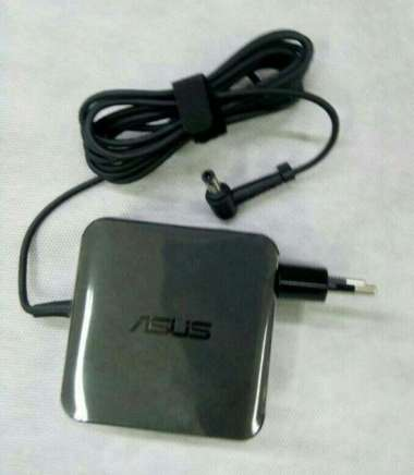 harga Original Adaptor Charger Cassan Laptop Asus 19V 3.42A DC 5.5X 2.5mm hitam Blibli.com