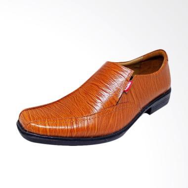 Kickers Pantofel Leather Sepatu Formal Pria - Tan