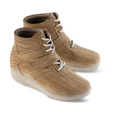 Promo   Diskon Sepatu Boot Wanita Casual Trendy Golfer Terbaru Maret ... adf4da523f