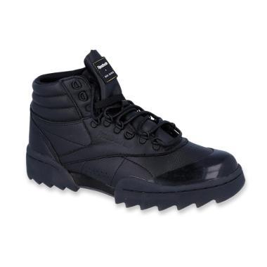 Daftar Produk Sepatu Kulit Untuk Wanita Reebok Rating Terbaik ... 71f12436a7