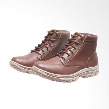 Jual Sepatu Boots Pria Kulit Asli Coklat Online - Harga Baru ... ed4d8ab068