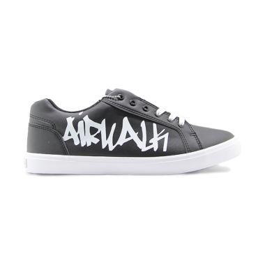 Kickers Sepatu Pria Slip On Kulit Asli Model Ks 008 Black - Daftar ... c241ce27d0