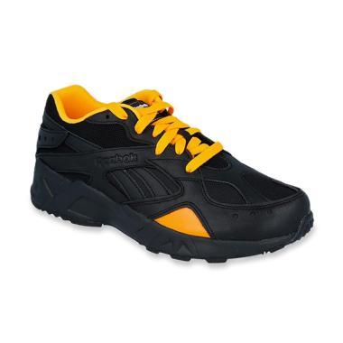 Jual Sepatu Olahraga Wanita Reebok Online - Harga Baru Termurah ... 226871ea64
