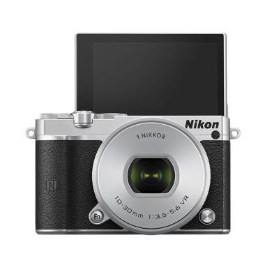 Nikon 1 J5 Kit 10-30mm - 20.8 MP Kamera Mirrorless - Silver