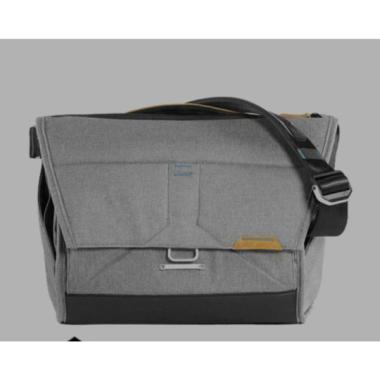 harga PEAK DESIGN MESSENGER BAG 14 L (Laptop 13 inch) Ash Blibli.com