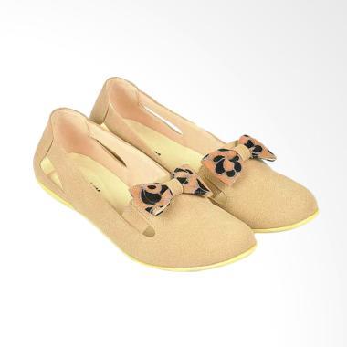 https://www.static-src.com/wcsstore/Indraprastha/images/catalog/medium//108/MTA-1678788/java-seven_java-seven-ballerina-loafer-shoes-wanita-jvs-kjs-826_full02.jpg