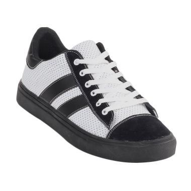 Jual Sepatu Pria Kasual Kulit Online - Harga Baru Termurah Maret ... dc59a70b7b