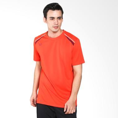 Umbro Medusae Poly Tee Kaos Olahraga Pria - Red 64312U-EA9