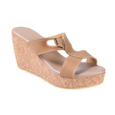 Yongki Komaladi SBDO 610042 Sandal Wedges - Camel