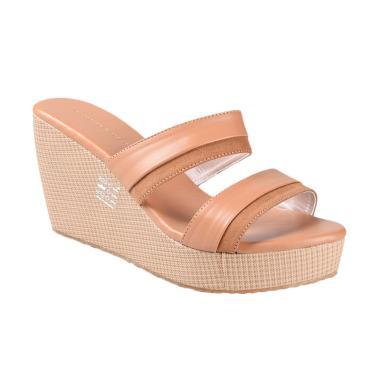 Yongki Komaladi SBDO 610044 Sandal Wedges - Camel