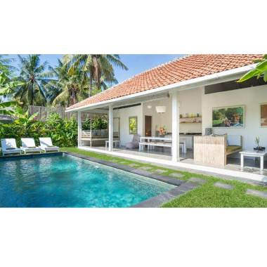 Gili Khumba Two Bedroom Villa for 1 night Voucher